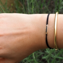 Bracelet or jaune et spinelle.